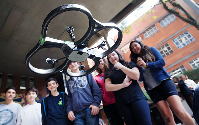 drone_escola
